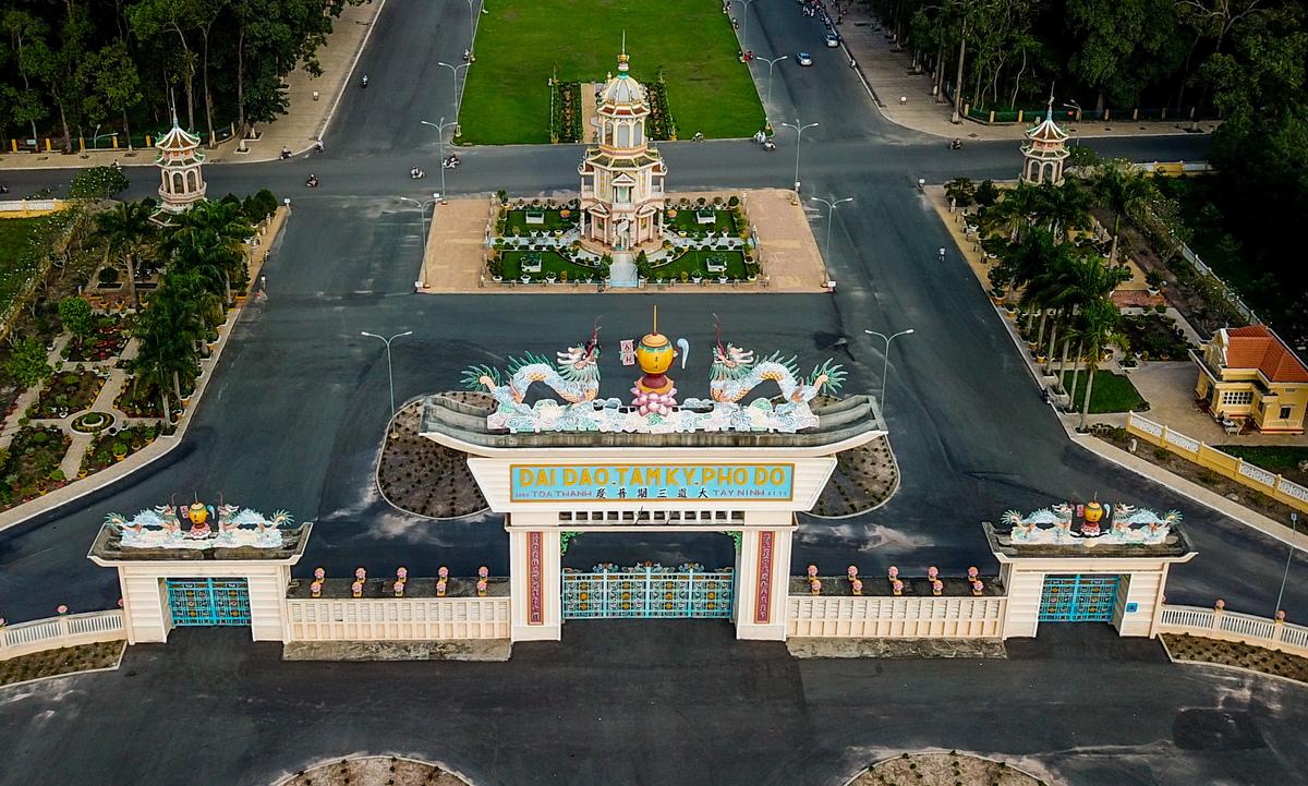 Tòa Thánh Cao Đài- Tây Ninh